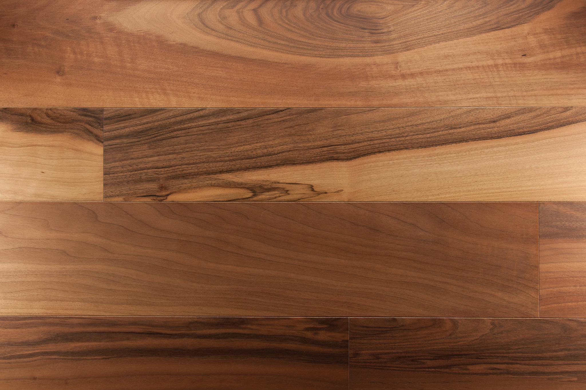 parquet noyer massif parquets emois et bois. Black Bedroom Furniture Sets. Home Design Ideas