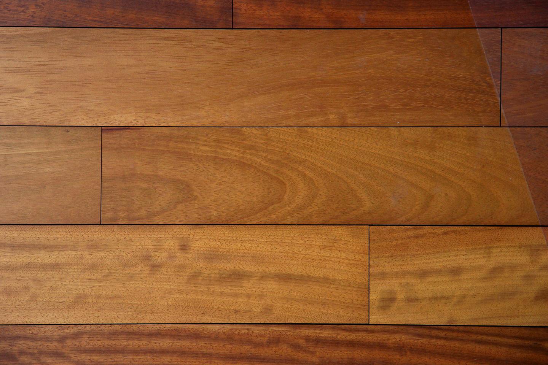 parquet massif en iroko parquets emois  bois