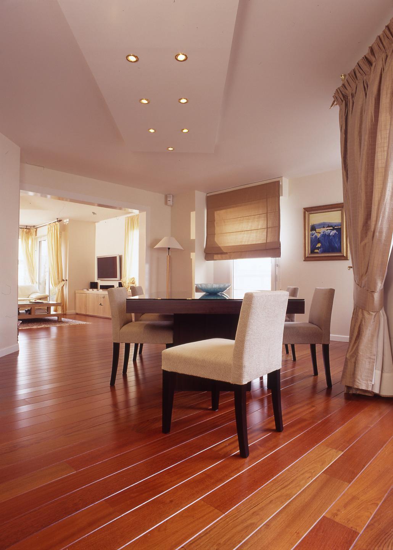 parquet massif en jatoba parquets emois et bois. Black Bedroom Furniture Sets. Home Design Ideas